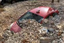 """Photo of """"Ιανός""""-Κεφαλονιά: Βουνό από πέτρες σκέπασε τα αυτοκίνητα – Συγκλονιστικές ΦΩΤΟ"""