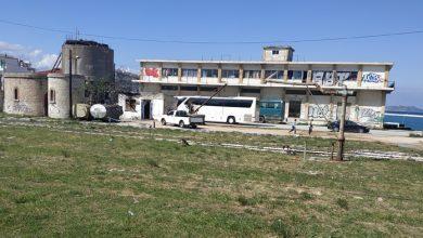 Photo of Έκλεψαν ακόμη και τα παράθυρα από το παλιό κτίριο της Ένωσης Αγροτικών Συνεταιρισμών Κορινθίας