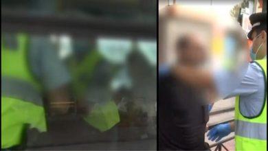Photo of Έβγαλαν σηκωτό άνδρα από λεωφορείο επειδή δεν φορούσε μάσκα – Δείτε βίντεο