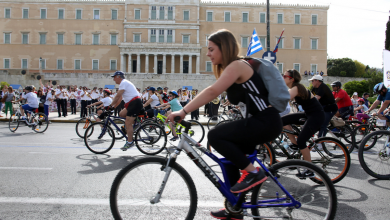 Photo of Όλοι οι κανόνες κυκλοφορίας για ηλεκτρικά πατίνια, rollers, skateboards, ποδήλατα: Κράνος και πρόστιμα έως και 200 ευρώ
